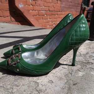 Guess by Marciano Shoes - GUESS BY MARCIANO Green CARRIE Pointy chrome heels